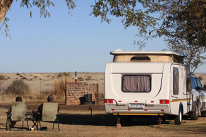 Kalahari Monate Lodge | Upington Accommodation | Camping & Caravaning